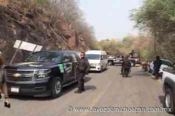 VIDEO   Gente de El Terrero, en la región de Buenavista, frena convoy del candidato Juan Antonio Magaña - La Voz de Michoacán