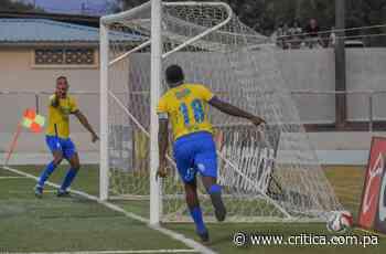 Luis 'Matador' Tejada ofrece espectáculo goleador en Chitré - Crítica Panamá