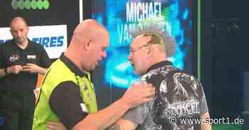 Premier League of Darts: Michael van Gerwen besiegt Peter Wright mit 8:6 - SPORT1