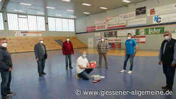 Defibrillator in der Sporthalle - Gießener Allgemeine