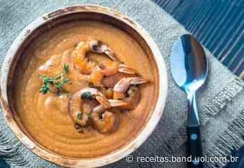 Saiba fazer o bisque, tipo de caldo francês que leva casca de camarão e conhaque - uol.com.br