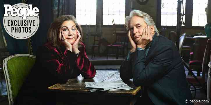 Kathleen Turner on Off-Screen Chemistry with Michael Douglas in 1984 - PEOPLE.com