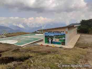 En El Congal (Samaná) la escuela también va para arriba - La Patria.com