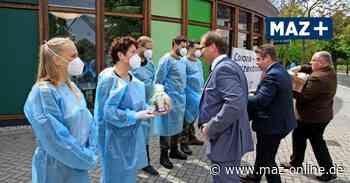 Nauen: Corona-Testzentrum am Stadtbad schließt - Märkische Allgemeine Zeitung