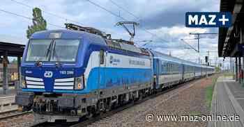 Notstopp nach Rauchentwicklung für Intercity im Bahnhof Nauen - Märkische Allgemeine Zeitung