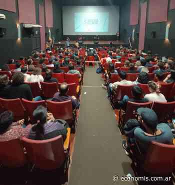 El Espacio INCAA Obera ofrece proyecciones de cine adaptadas para personas con dificultades sensoriales - economis.com.ar