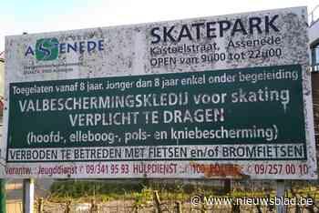 """Infobord van skatepark is hopeloos gedateerd: """"Gemeentehuis heeft al 15 jaar ander adres"""" - Het Nieuwsblad"""