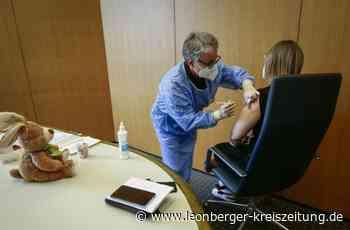 Impfaktion in Rutesheim: Im Rathaussaal wird im Minutentakt geimpft - Rutesheim - Leonberger Kreiszeitung