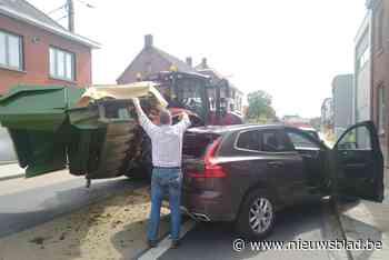 """""""Ik had mijn hoofd kwijt kunnen zijn"""": Jens (44) kan maaibalk tractor net ontwijken"""