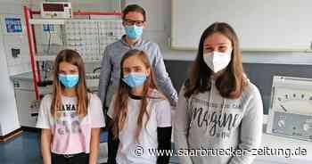 Cusanus-Schülerinnen aus St. Webdel haben Erfolg bei Physik-Wettbewerb - Saarbrücker Zeitung