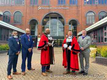 New Sandwell mayor and deputy chosen - Halesowen News