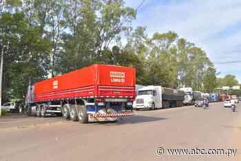 Camioneros vuelven a cerrar Ruta PY08 en Villarrica - Nacionales - ABC Color