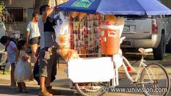 """""""Nos encomendamos a Dios"""": así viven los vendedores ambulantes de Fresno una jornada en las calles - Univision"""