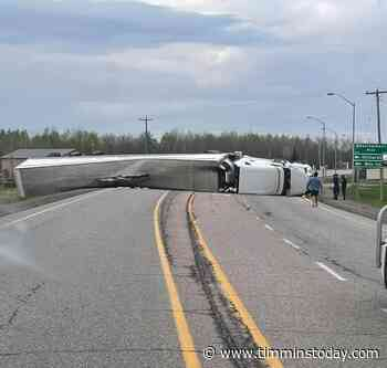 Highway 11 closed in both directions near New Liskeard - TimminsToday