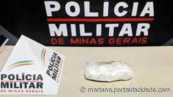 Mulher é presa por tráfico de drogas em Itabirito - ® Portal da Cidade   Mariana
