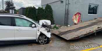 Minor damage to driver and structure following drive-thru crash in Alliston – Barrie 360 - Barrie 360