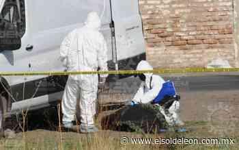 [VIDEO] Encuentran un cuerpo embolsado en Arboledas de San José - El Sol de León