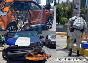 Choca patrulla en Mixquiahuala; transportaba vacunas contra covid-19 - La Silla Rota