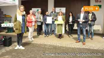 Honig aus der Blüte der Ackerbohne in Affing wird preisgekrönt - Augsburger Allgemeine