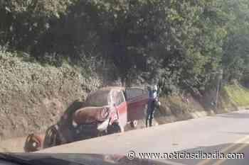 Dos heridos en accidente de tránsito en la vía Sutatausa – Ubaté, Cundinamarca - Noticias Día a Día