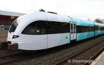 Zwarte Haan wordt geen Swarte Haan: het Bildts is ín de trein te lezen - Friesch Dagblad