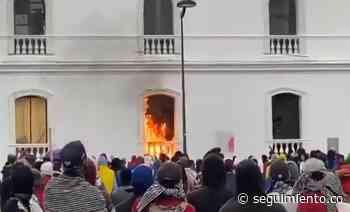 Destrucción del paro en Popayán: queman parque de motos, ambulancia y hasta la Alcaldía - Seguimiento.co