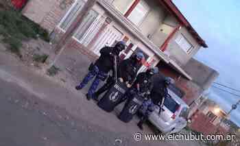 Realizaron allanamiento en un domicilio de Puerto Madryn por un robo ocurrido en febrero - Diario EL CHUBUT