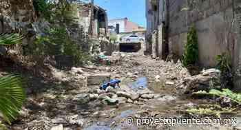 Canal de colonia San Benito en Hermosillo causa molestias a vecinos; exigen a autoridades acabar con foco infeccioso - Proyecto Puente