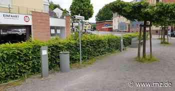 Eberbach: Laternen auf dem Synagogenplatz beschädigt - Rhein-Neckar Zeitung