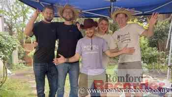 Havering charities fundraiser on 700-metre Hangloose zipline - Romford Recorder