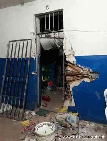 Polícia confirma invasão na cadeia pública de Serra Talhada e fuga de cerca de 25 presos - Blog do Didi Galvão