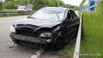 Stau bis auf die A7: Unfall auf A23 bei Rellingen: Opel überschlägt sich – Fahrer leicht verletzt | shz.de - shz.de