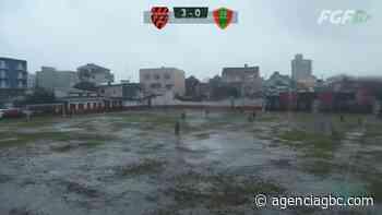 OLHA ESSA: chuva torrencial atrapalha jogo do Gauchão em Sapucaia do Sul - Agência GBC