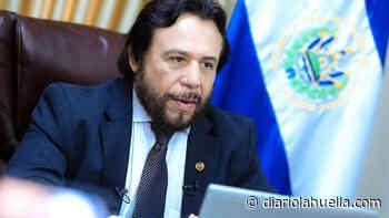 «Estamos combatiendo la corrupción, persiguiendo y castigando a funcionarios corruptos»: Félix Ulloa - Diario La Huella