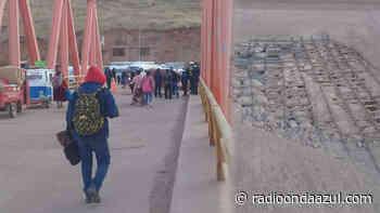 Azángaro: Puente ejecutado por Fuentes en deterioro. Vehículos no transitan - Radio Onda Azul