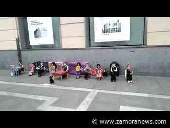 La otra forma de pedir limosna en la calle Santa Clara de Zamora - Zamora News
