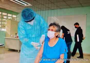 Pese a las lluvias, avanza vacunación contra la covid-19 en Capira, Chame y San Carlos - Panamá América