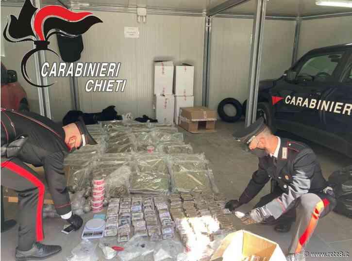 Francavilla al Mare, travestito da corriere scarica 100 Kg di droga in un garage - Rete8