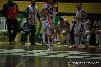 Cascavel goleia o Siqueira Campos pela Série Ouro de Futsal; veja os melhores momentos - O Paraná