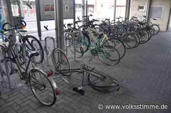 Herrenlose Fahrräder am Bahnhof Stendal bleiben stehen und sorgen für Ärger - Volksstimme