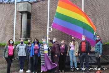 Regenboogvlag wappert hele week aan het gemeentehuis (Liedekerke) - Het Nieuwsblad