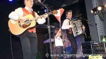 Waldachtal - Heimische Fans reisen zu Vincent & Fernando-Konzert - Schwarzwälder Bote
