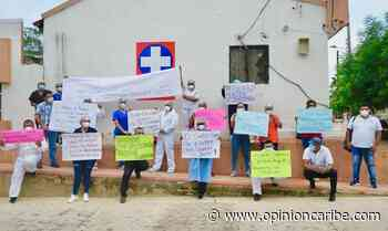 En Nueva Granada, trabajadores del hospital hacen platón como apoyo a la gerente Eileen Sequeira - Opinion Caribe