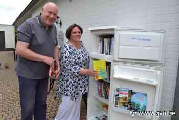 Haal eens een boek uit de frigo: boekenruil(ijs)kast brengt buurt opnieuw bij elkaar - Gazet van Antwerpen
