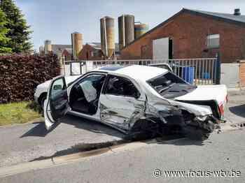 Vrouw zwaargewond na ongeval in Lichtervelde - Focus en WTV