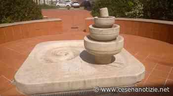 Savignano sul Rubicone. Riconosciuta nuova fontana di Tonino Guerra dedicata al pilota Luigi Arcangeli - cesenanotizie.net