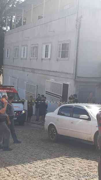 Homem é morto com mais de 20 tiros em Piracaia, SP - G1