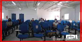 Covid: Oeiras inicia na quarta vacinação dos trabalhadores da Educação - GP1