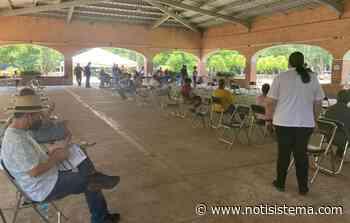 Personas de Tapatitlán también acuden a Acatic para vacunarse contra Covid-19 - Notisistema