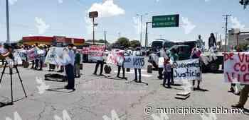Cierran vialidades en Acajete tras desaparición de candidato del PVEM - Municipios Puebla